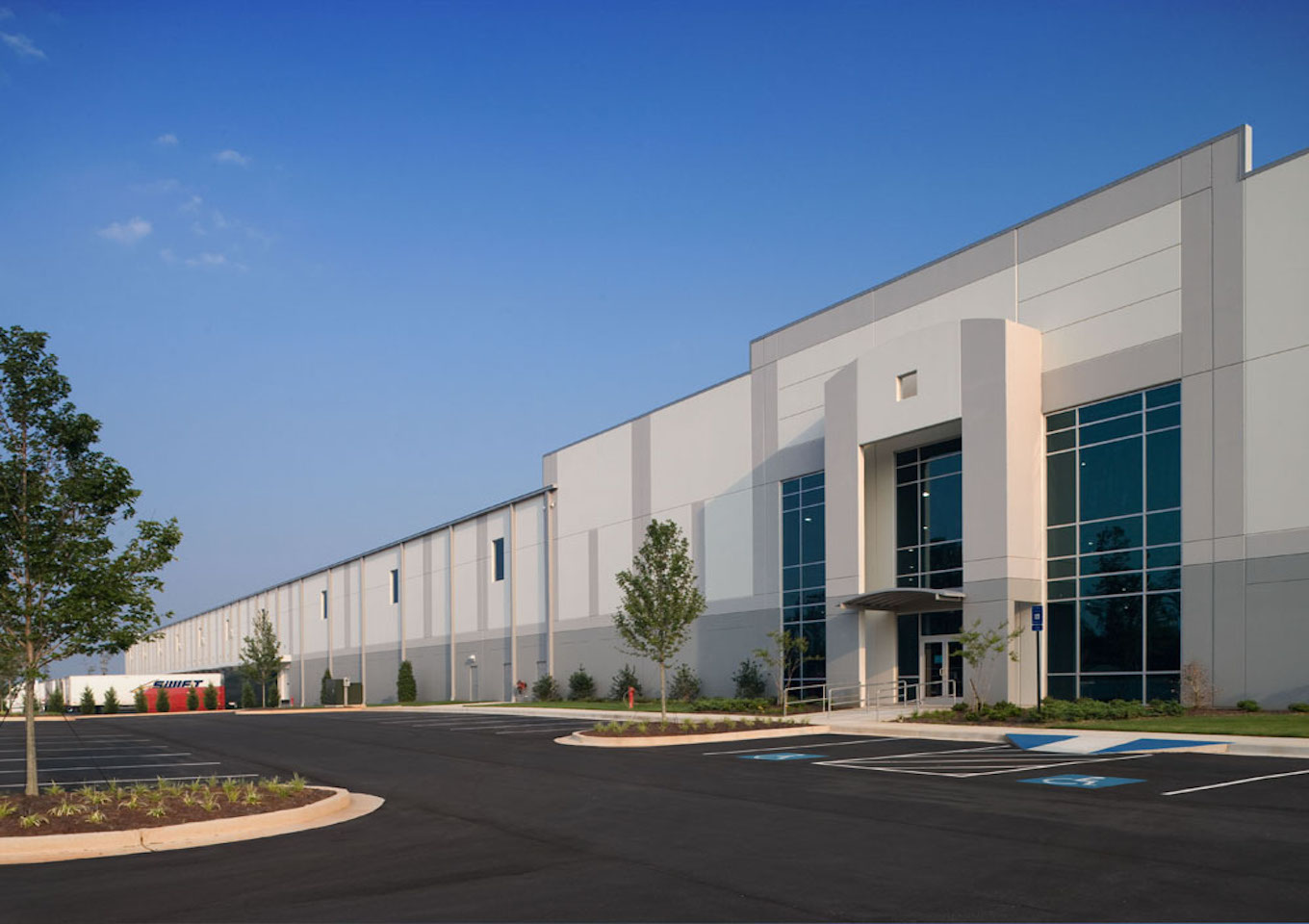 Southport Logistics Center