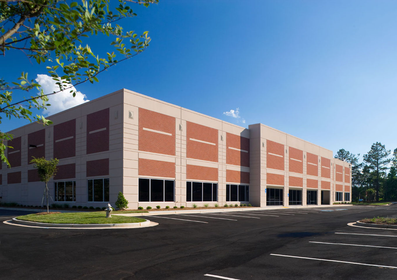 Horizon Distribution Center 300